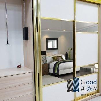 Стильный шкаф купе в спальню
