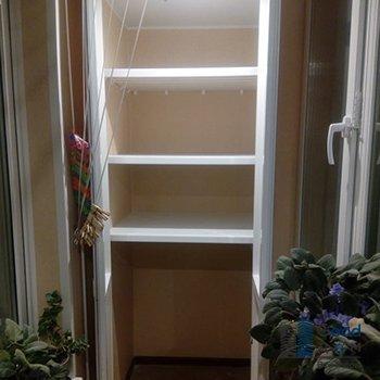 пластиковый шкаф с полками