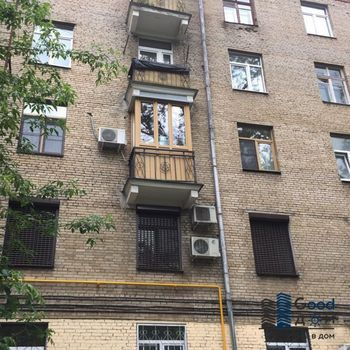 Ремонт балкона с отделкой ПВХ и остеклением