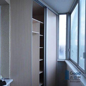 Встроенный угловой шкаф на балкон