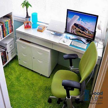 Компьютерный стол на лоджии