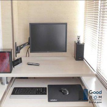 Рабочий стол и кабинет на балконе