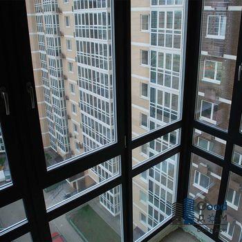 Панорамные окна на балконе фото