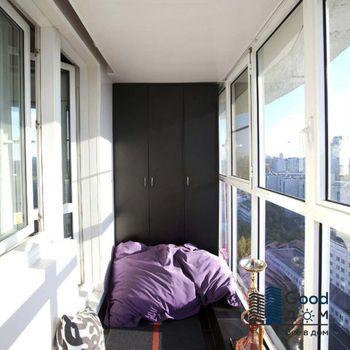 Интерьер панорамного балкона