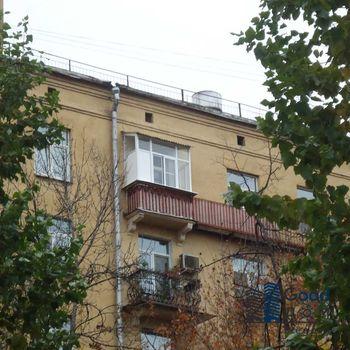 Отделка балкона в сталинке