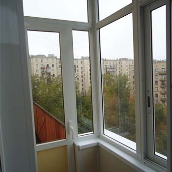 Отделка балкона ПВХ в сталинке