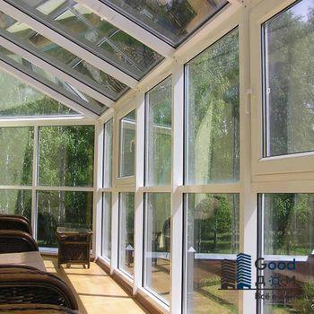 Остекление балкона в загородном доме