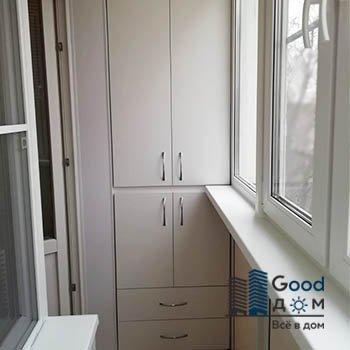 Шкаф с ящиками на балкон