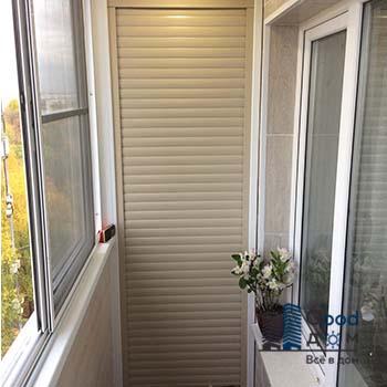 Шкаф с рольставни на балкон