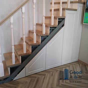 Шкаф под лестницу