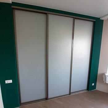 Двери-купе для гардеробной