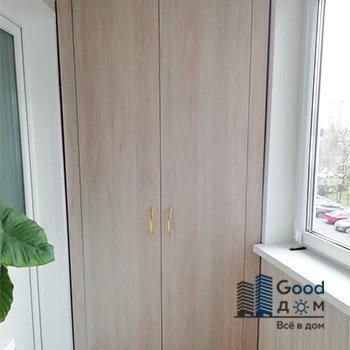 Угловой шкаф для балкона