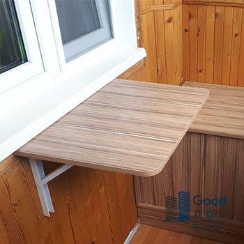 Пристенный столик